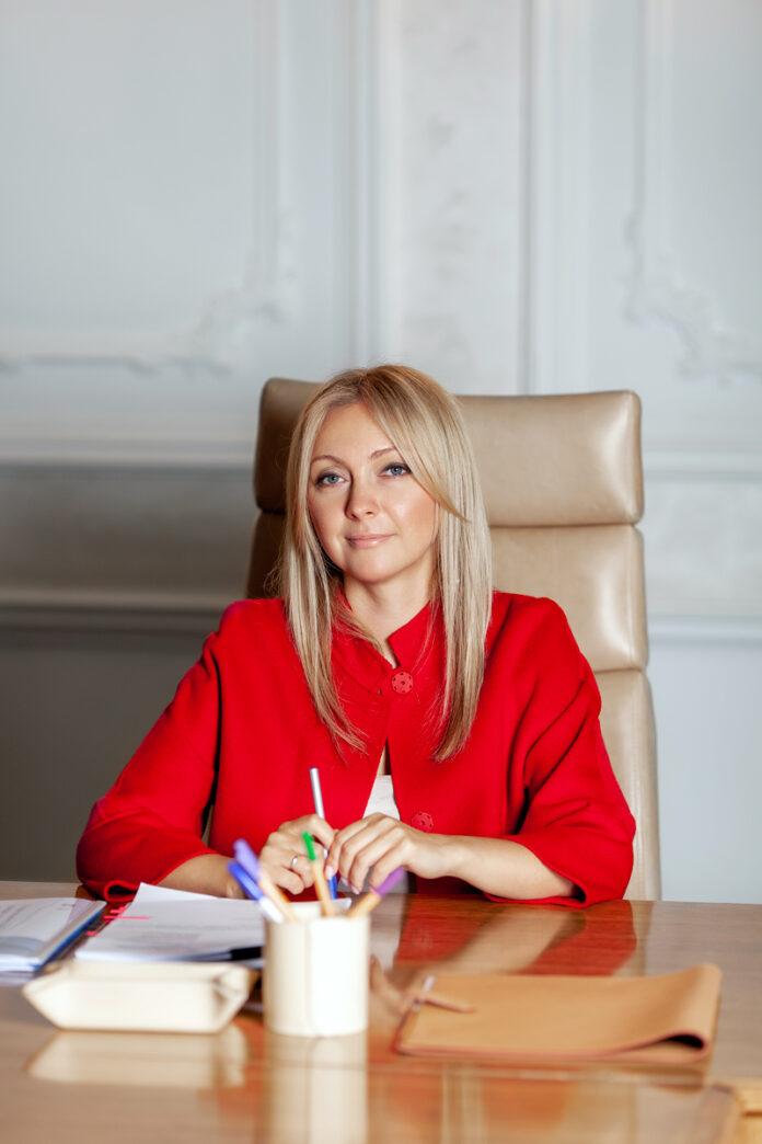 Анастасия Пятова: Москва достроит 14 проблемных объектов для 8 тыс. обманутых дольщиков