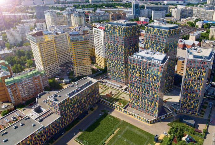 С начала года в Москве введены в эксплуатацию дома для 718 обманутых дольщиков